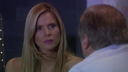 Watch Un paso al costado. Episode 118 of Season 1.
