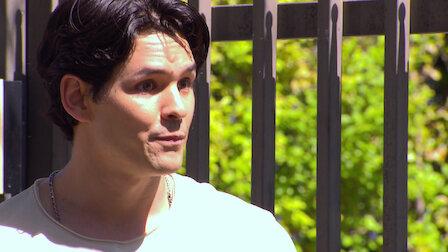 Watch Manuel tiene otro gesto con Chivis. Episode 6 of Season 1.