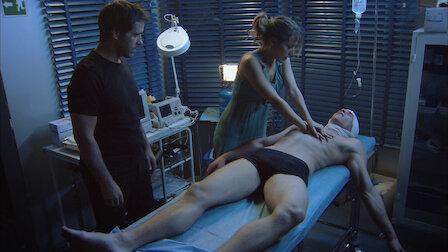 Watch El cura y el doctor Frankenstein. Episode 9 of Season 2.
